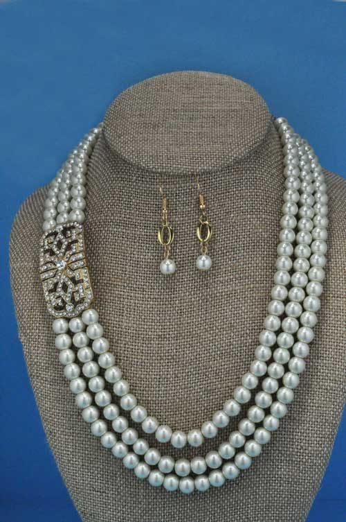 "Pearl/Clear Gold 18"" Rows Set"