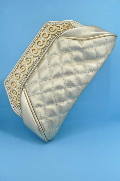 Clear/Gold Top Wave Shape Purse