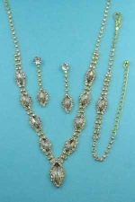 Light Colorado/Clear Gold 1 Row Marquise/Round Stone Set