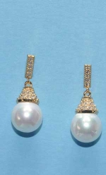 "Cubic Zirconia/Pearl Gold Top Baguette Bottom Pearl 1"" Post Earring"