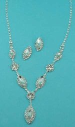 Clear/Silver Small Medium Marquise/Round Stone Set