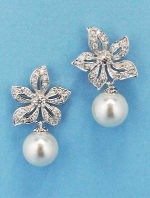 Cubic Zirconia/Pearl Top Flower Bottom Shape Round Pearl Earring