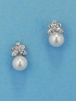 Cubic Zirconia/Pearl Small Top Leaves Bottom Small Pearl