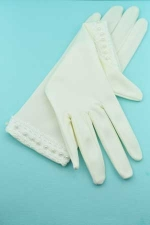 Pearl/Ivory Straight Embroidery Botton 2Inch Gloves