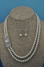 "Pearl/Clear Silver 18"" Side Crystal Set"