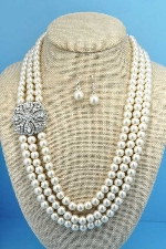 "Pearl/Clear Silver 18"" 3 Rows 8MM Round Pin Side Set"