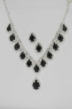 Jet/Clear Silver Pearshape V Necklace Set