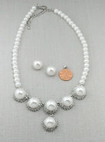 Pearl/Silver Six Halo Pearl Necklace Set