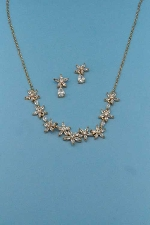 Cubic Zirconia/Gold Thin Chain Leave Shape Set
