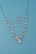 Cubic Zirconia/Silver Thin Chain Medium Stones Set