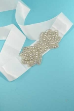 Clear White Lace Shape Multiple Stone Belt