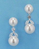 """Cubic Zirconia/Pearl Silver Top/Bottom Pear Middle Leaves Shape 1.5"""" Post Earring"""