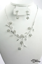 Clear/Silver Metal Flowers And Vines Set