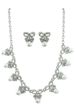 White Pearl/Clear Silver with Crystal Bow Set