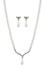"White Pearl/Clear/Silver Crystal ""V"" Teardrop Set"