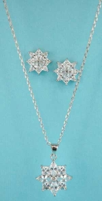 Cubic Zirconia/Silver Star Shape Necklace/Earring Set