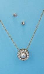Gold Pearl With Stone Halo Pendant Necklace Set