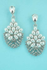 "Pearl/Clear Silver Multiple Pearl/Round Stone 2"" Earring"