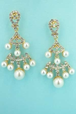 Pearl/Clear Gold Multiple Size Pearl Stone Earring