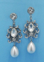 Pearl/Clear Silver Top Mirror Bottom Dancing Pearl Pearshape Earring