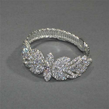 Clear/Silver Flower Shape Small Round Stone Bracelet